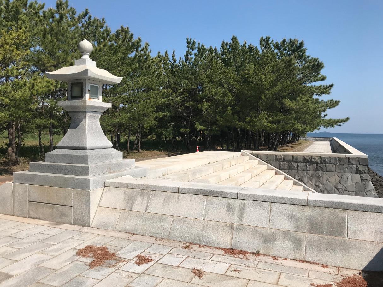 松浦海のふるさと館、裏手には海を一望できる遊歩道