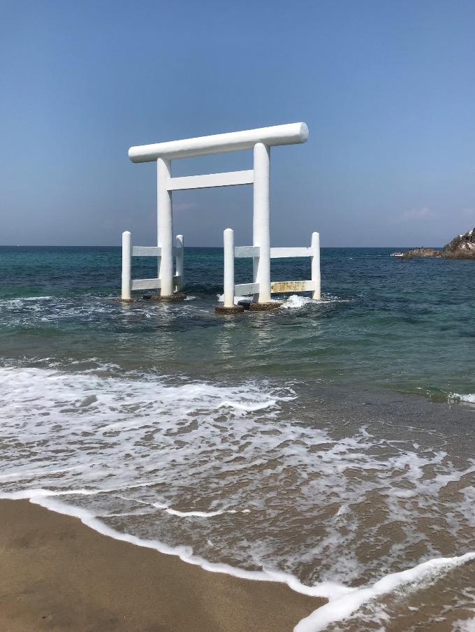 桜井二見ヶ浦の白鳥居