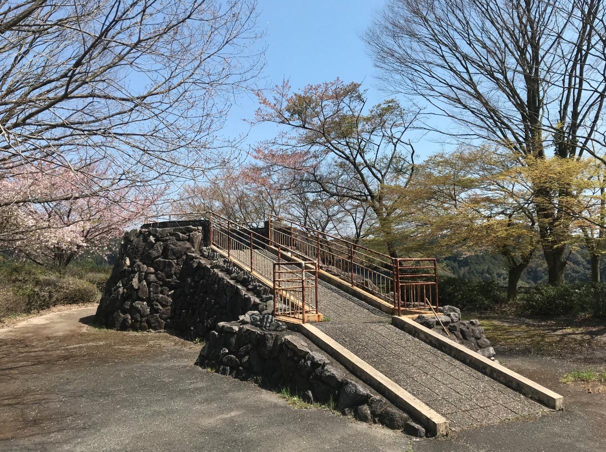 山神ダムの展望所