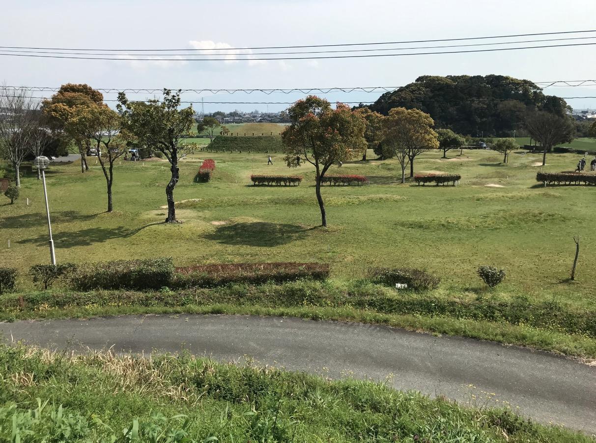 仙道古墳公園 裏手のため池からの風景