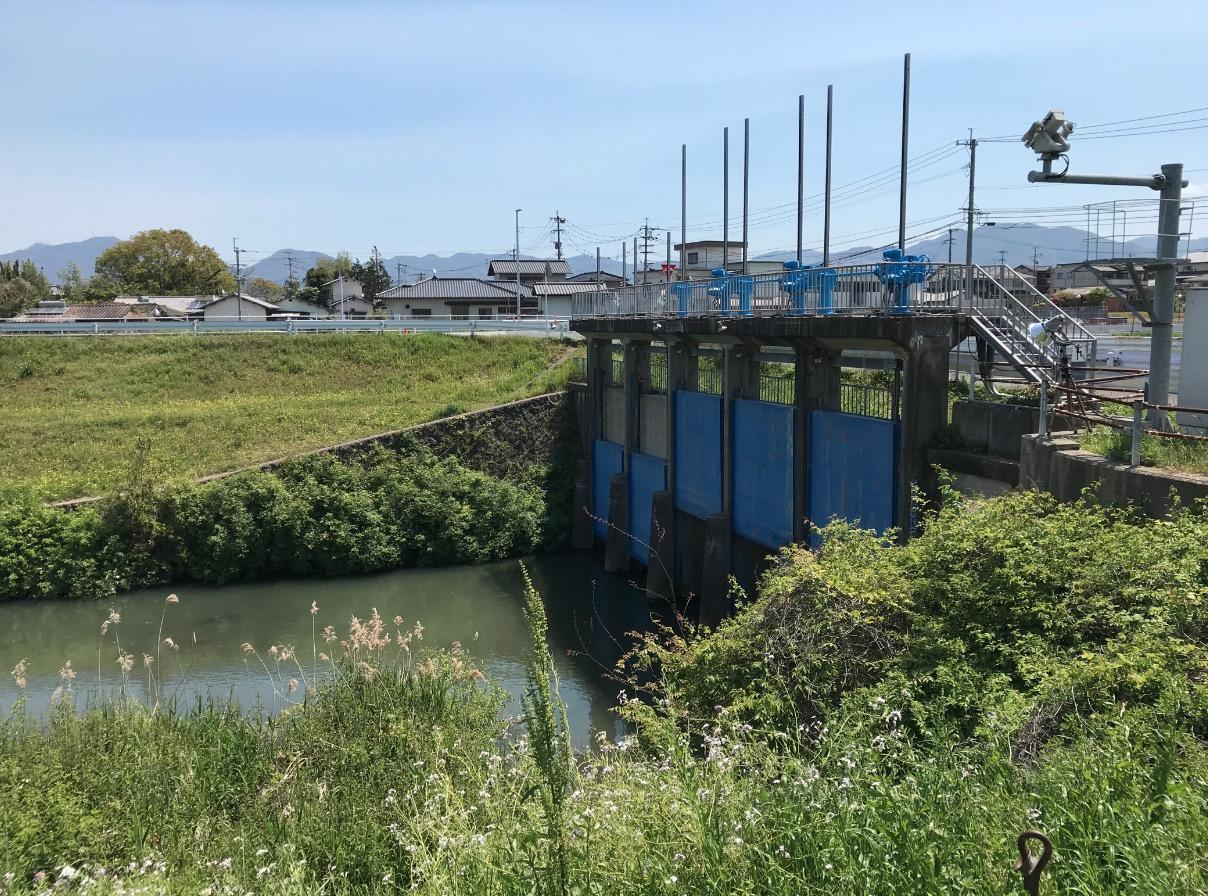 遠賀川水源地ポンプ室の周辺風景
