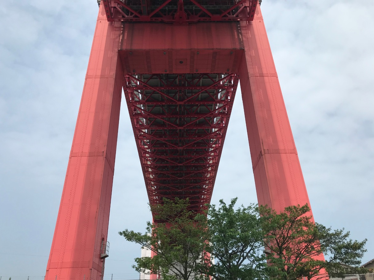 若戸大橋の橋脚