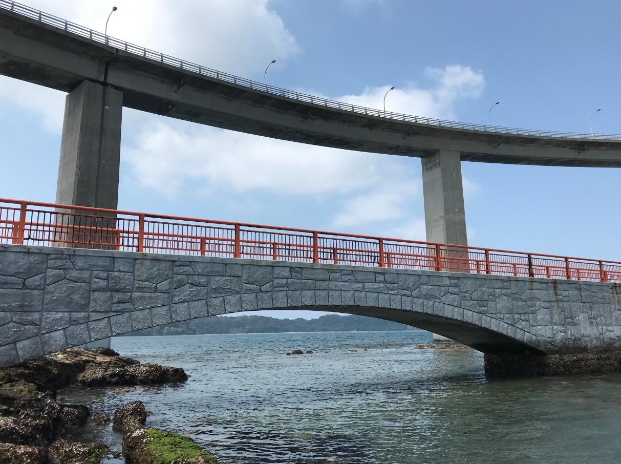 弁天遊歩橋と呼子大橋