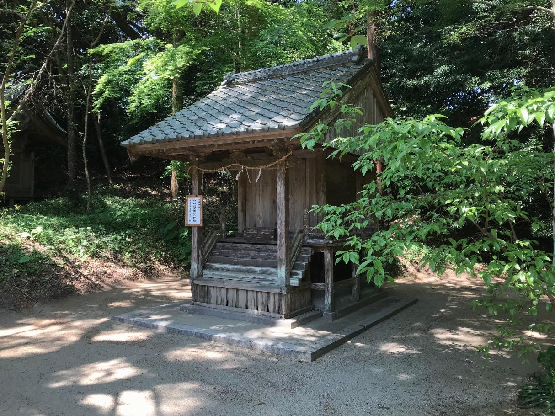 櫻井神社の八神殿・須賀神社