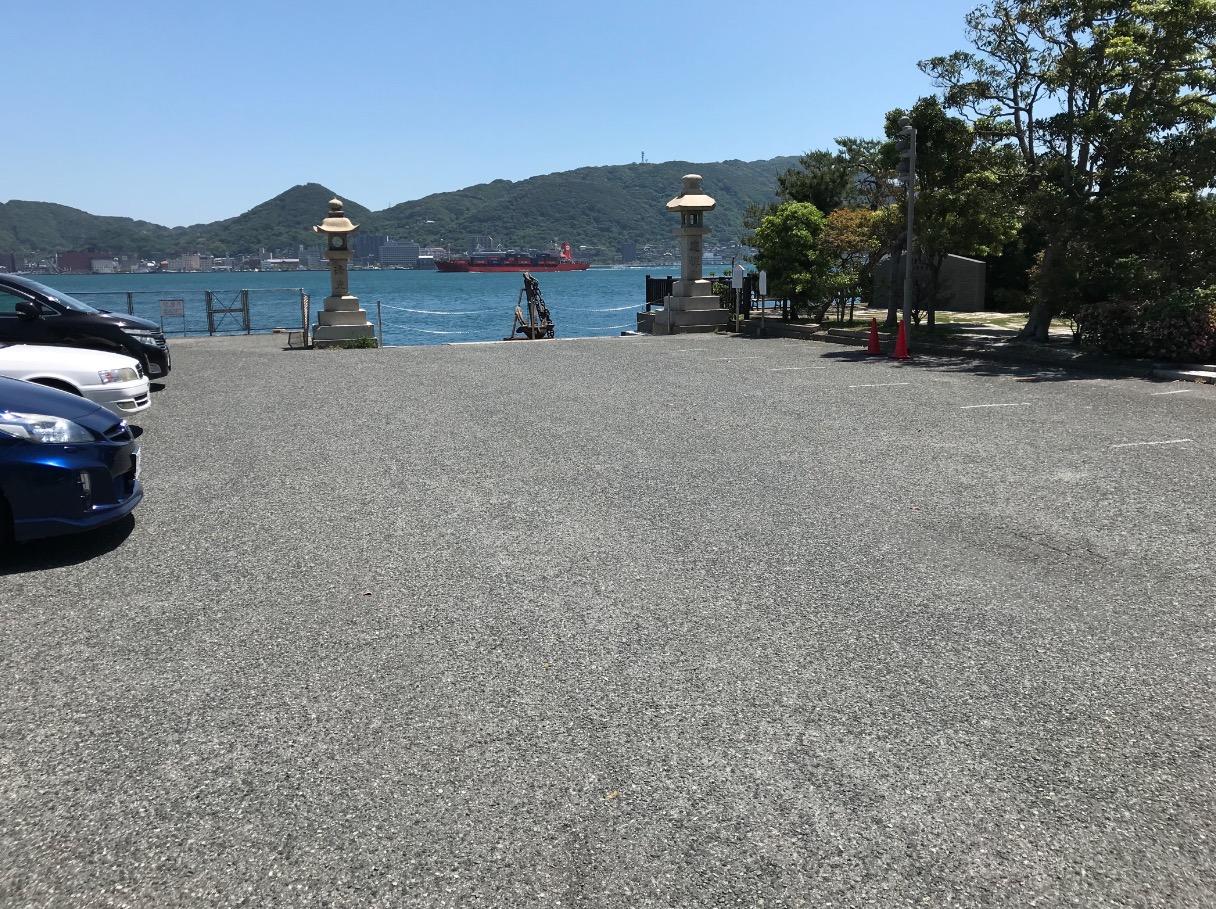 赤間神宮の駐車場