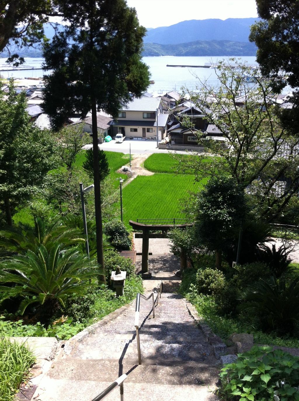 路地奥での出会い:引津神社(糸島・3)