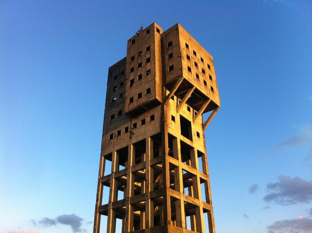 志免鉱業所竪坑櫓