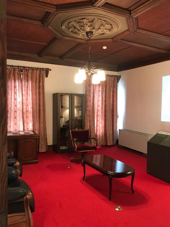 旧古賀銀行の一室