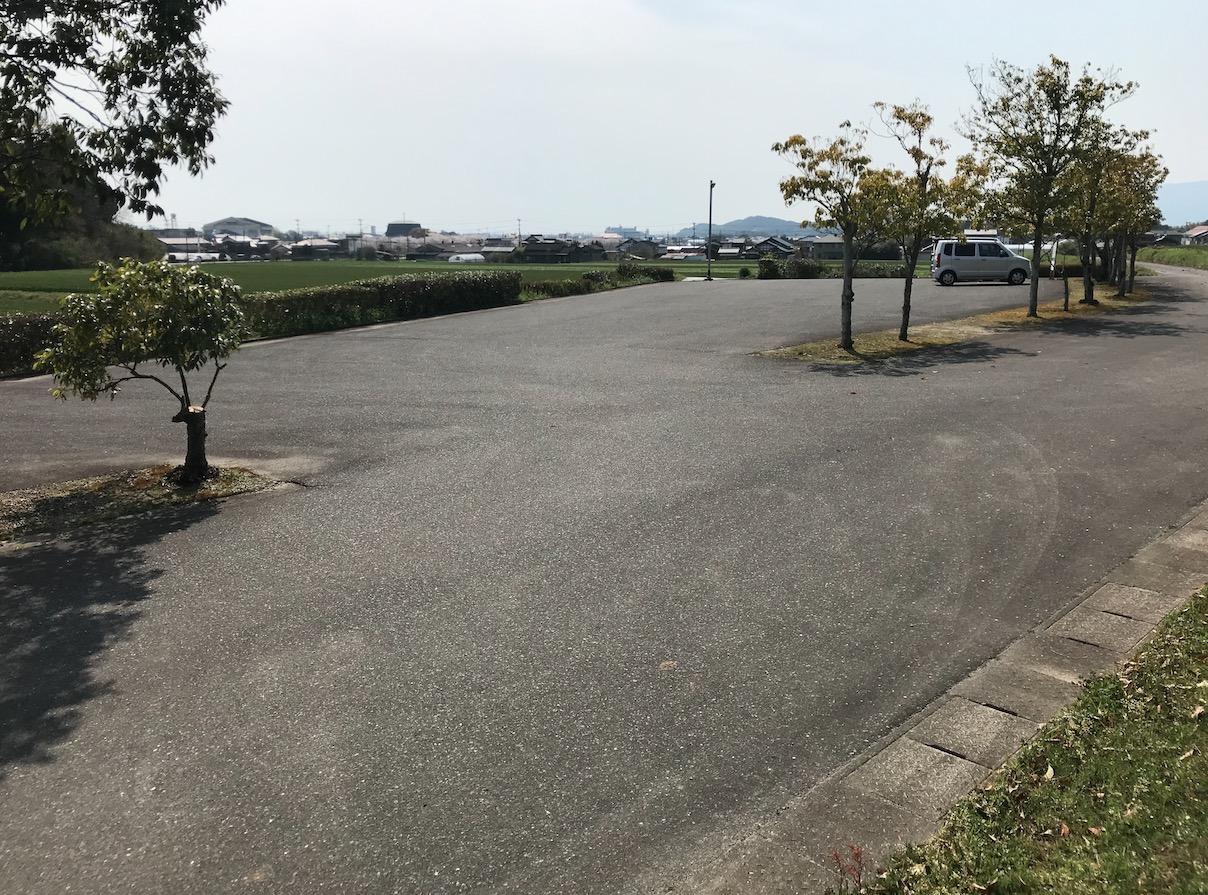 仙道古墳公園の駐車場