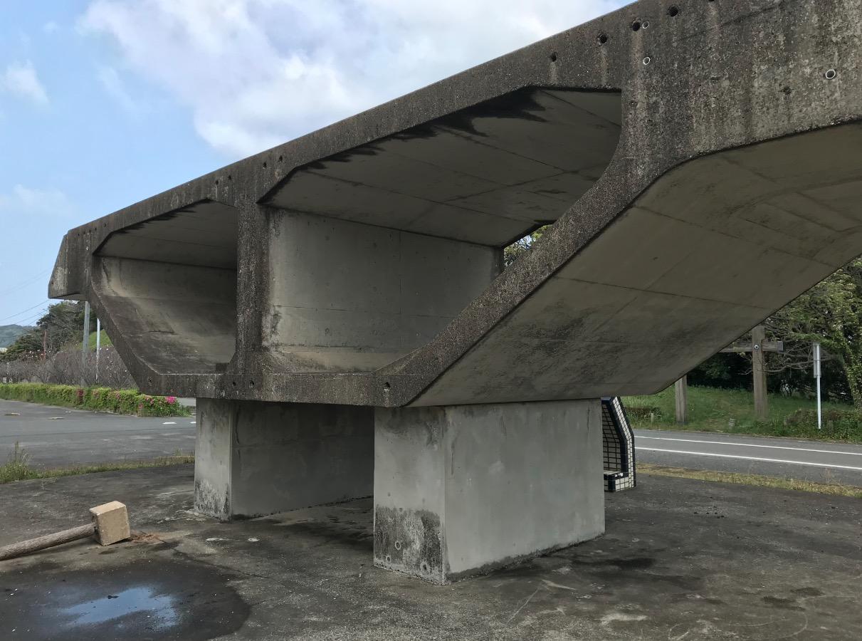 呼子大橋の断面
