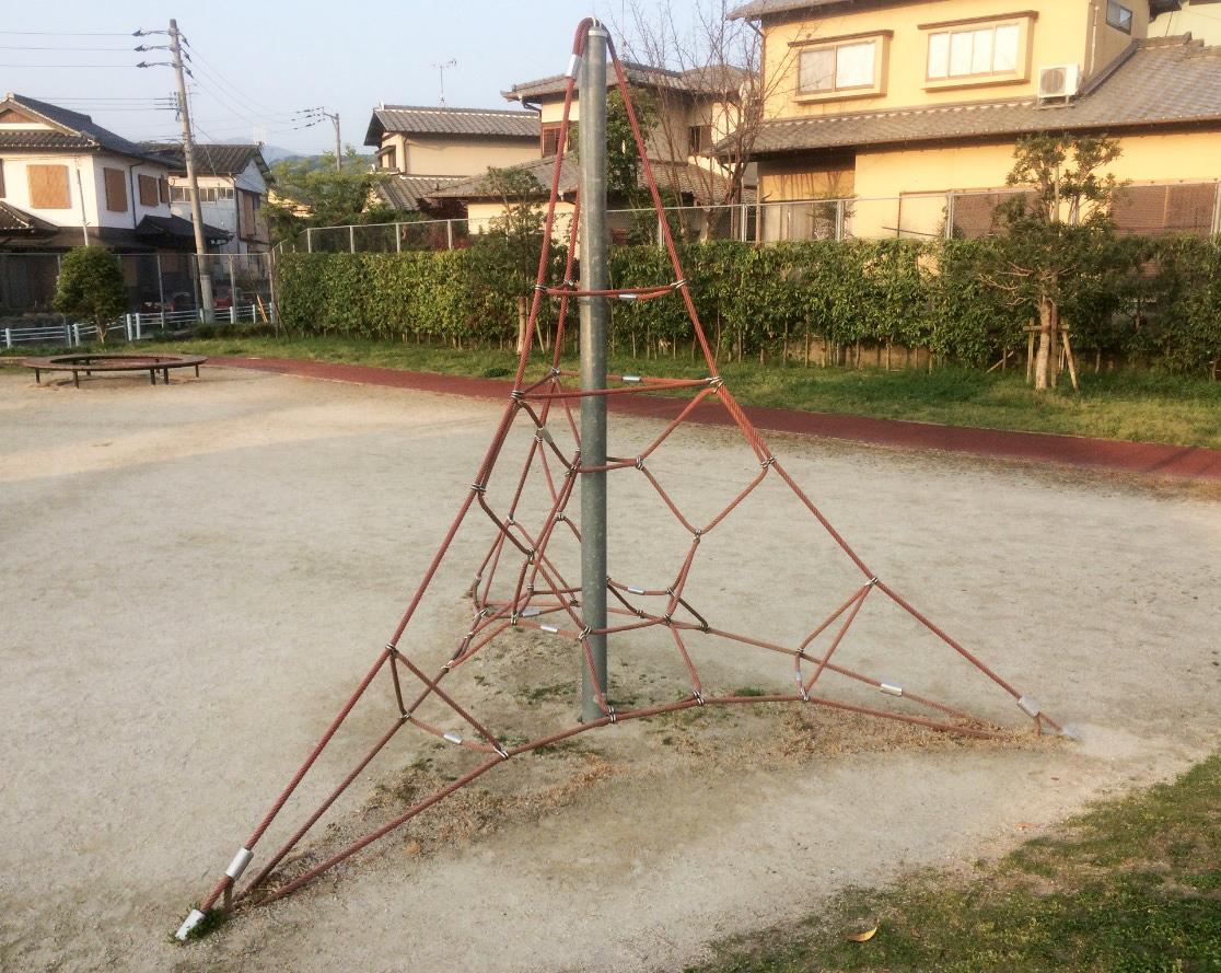 今池公園(那珂川市)のアスレチック