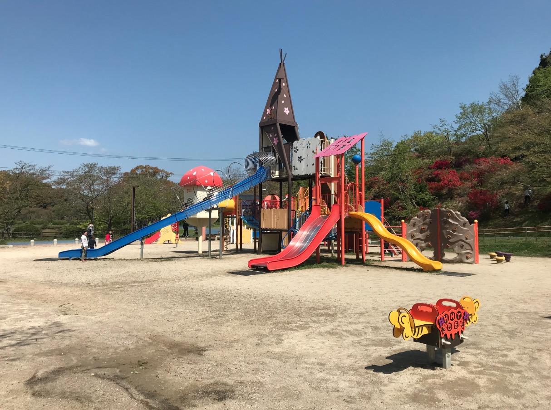 甘木公園の遊具広場