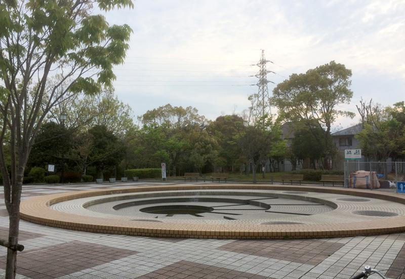 白水大池公園の噴水広場