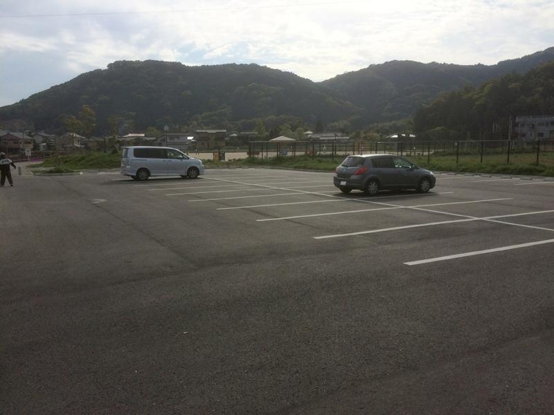 裂田溝公園(那珂川市)の駐車場